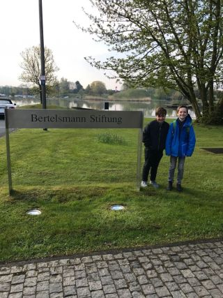 Boys Day with NATIVES at the Bertelsmann Stiftung. Viel Englisch, viel Einsicht und viel Spass